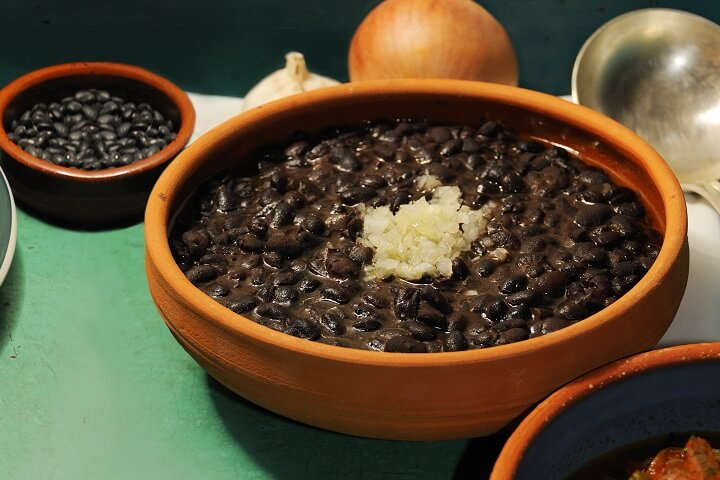 Cuban Black Beans Recipe - Caribbean Sides Dishes
