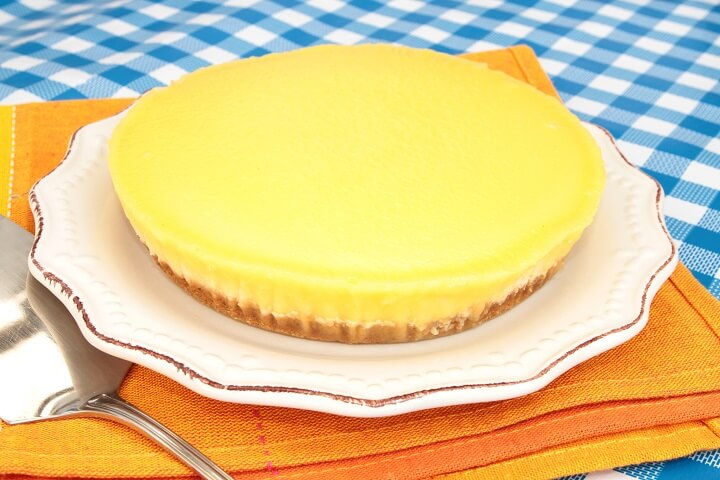 Pineapple Cheesecake Recipe - Caribbean Desserts