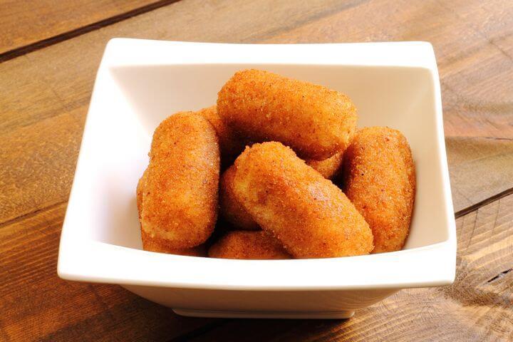 Croquetas de Papas y Jamón - Cuban Potato and Ham Croquettes - Cuban Recipes - Caribbean Recipes